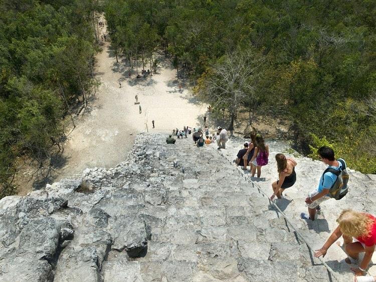 Cobá: Descubre las ruinas mayas más populares del futuro