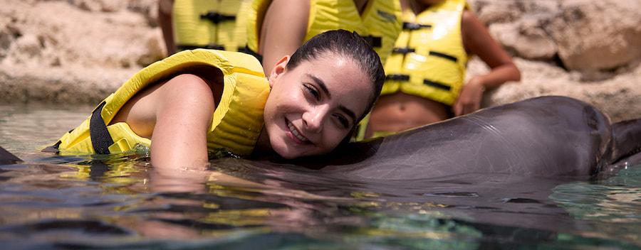 Ten una experiencia con delfines que cambiará tu vida en Cozumel.