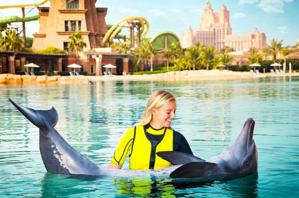best-places-to-swim-with-dolphins-in-the-world-[dolphinaris-dubay]