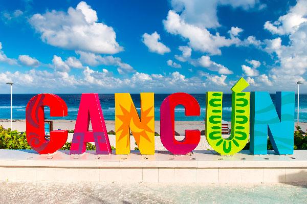 ¿Dónde están los mejores delfinarios en la Riviera Maya? Cancún