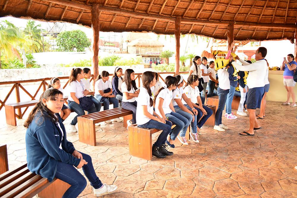 Dolphinaris se suma al programa de Turismo Social en Cancún